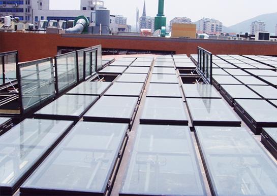 屋顶自动排烟系统